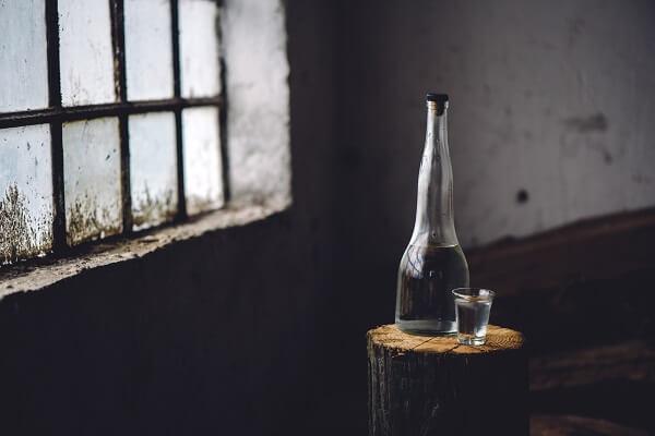 alkoholik a samotność