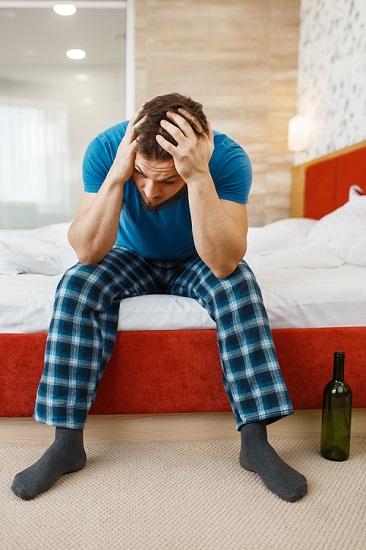 bezsenność a alkohol