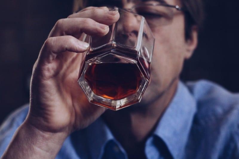 samotność a alkoholizm