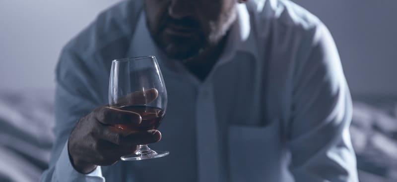 picie w samotności
